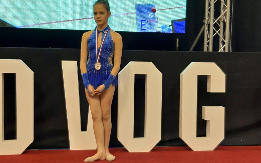 Lőrincz Viola ezüstérme az Újvidéki Nagydíjon